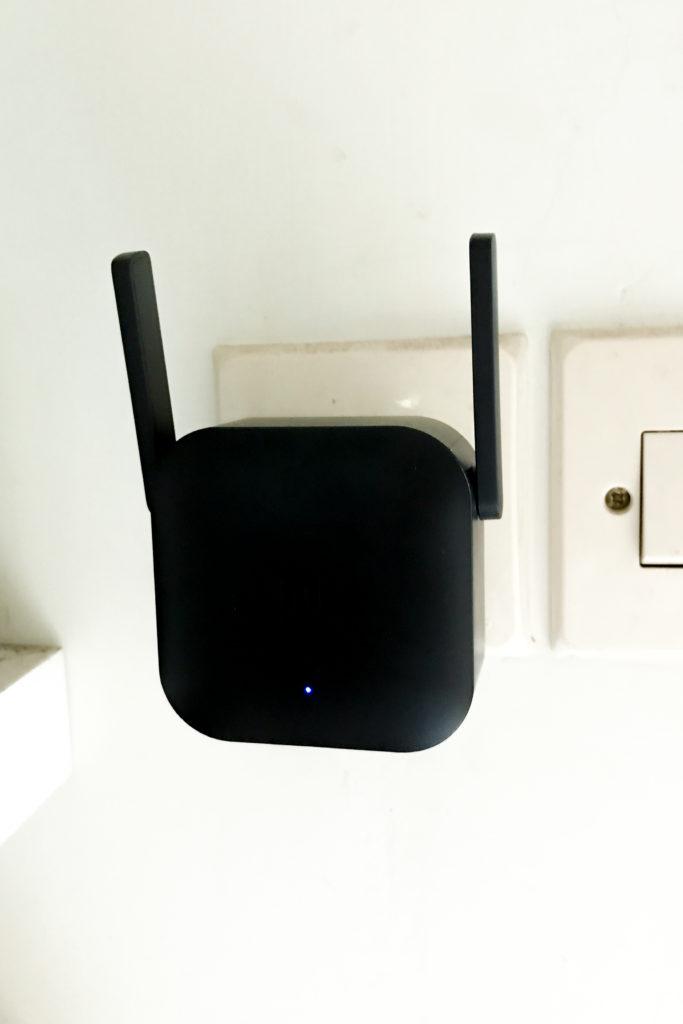 xiaomi wifi extender pro kondisi menyala