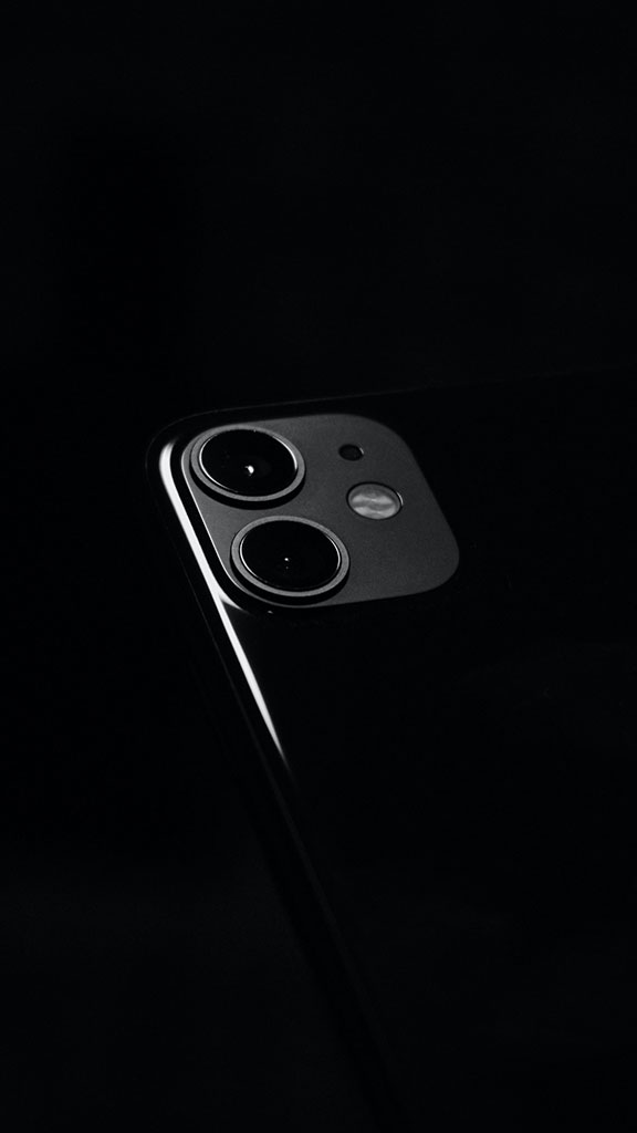 Wallpaper iPhone 11 Black